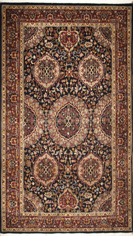 Picture of 4x6 indo persian Black/red