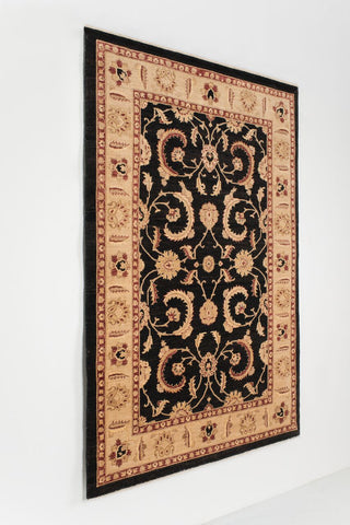 Picture of 6x9 Chobi Black/Beige Ghazni Wool