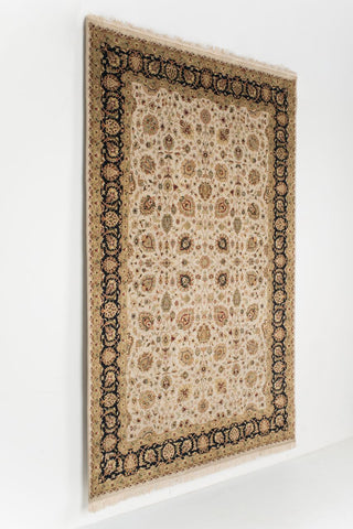 Picture of 6x9 kashan Beige/black Wool & Silk Touch