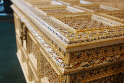 Picture of Big White Bone Inlay Chest