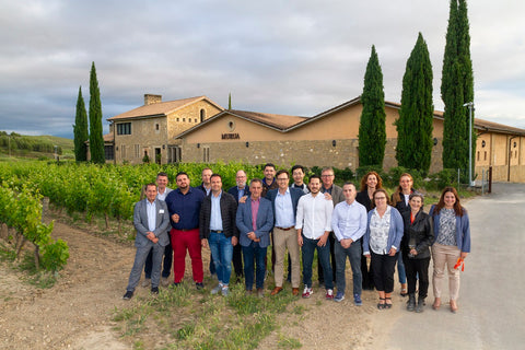 Grupo Master of Wine con el Director General de Bodegas Masaveu
