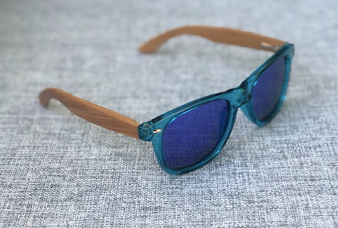 TWEEN POLARIZED SUNGLASSES WITH WOODEN SIDES, BLUE WITH BLUE LENSES