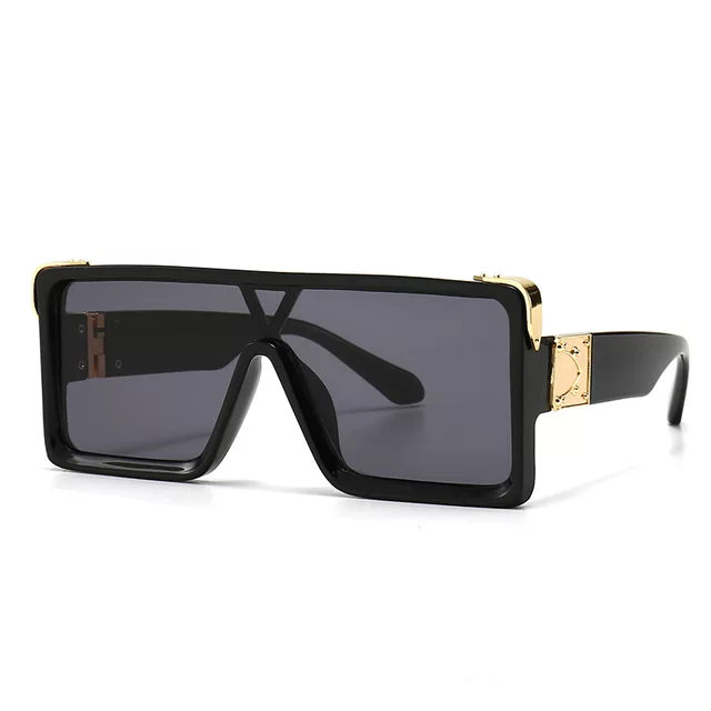 """Luxe"" Oversized Square Sunglasses"