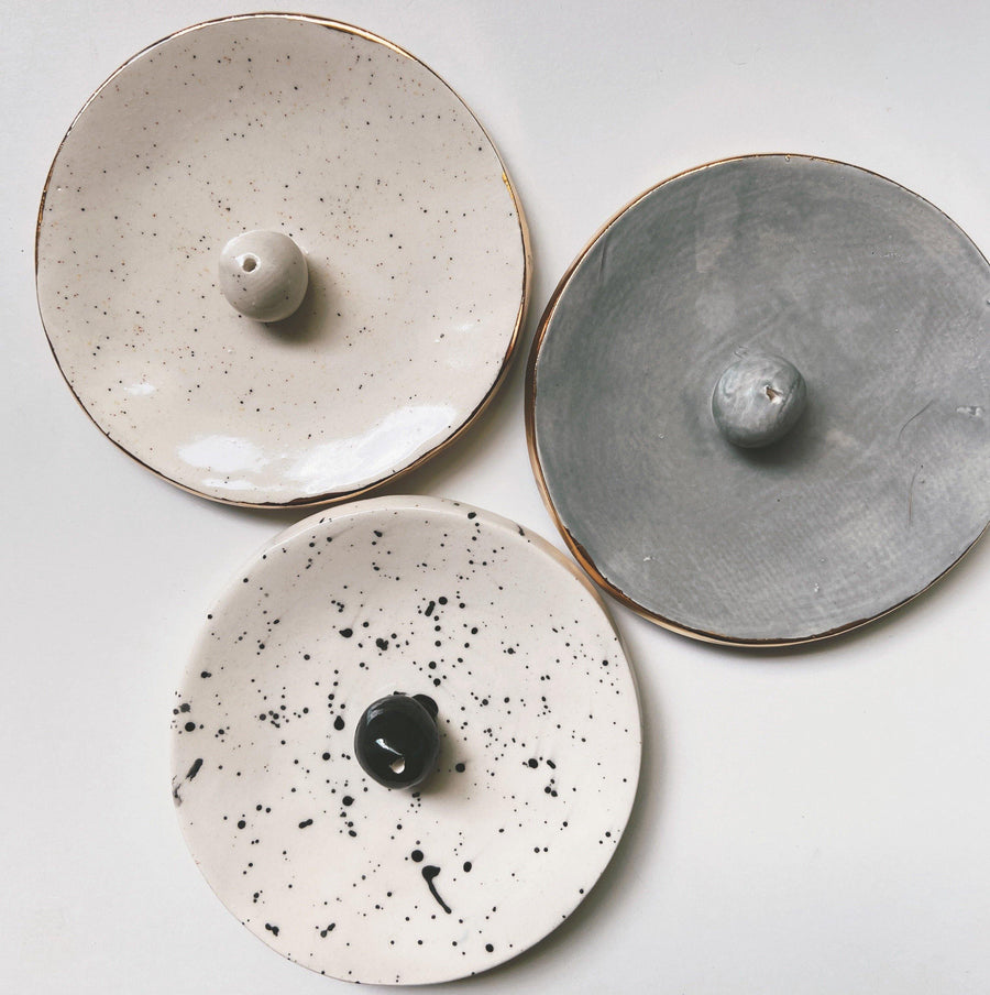 Circle Incense Holder- Gray - gloriafaye