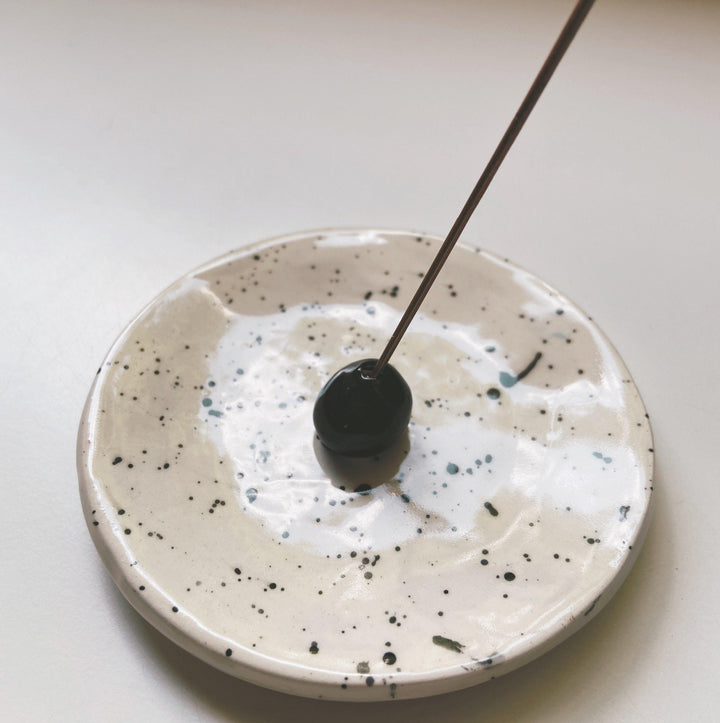 Circle Incense Holder- splattered - gloriafaye
