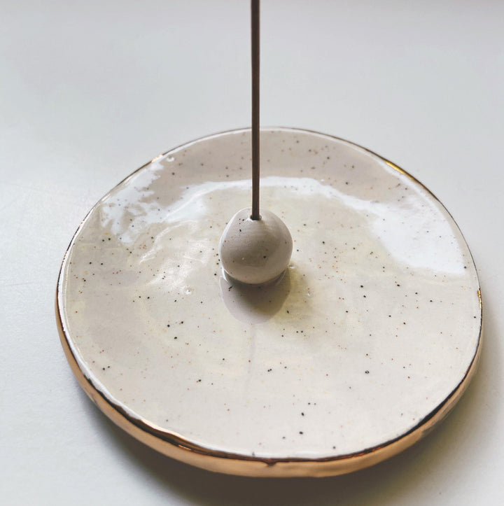 Circle Incense Holder- speckled - gloriafaye