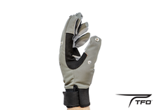 Load image into Gallery viewer, TFO Cold Weather Glove