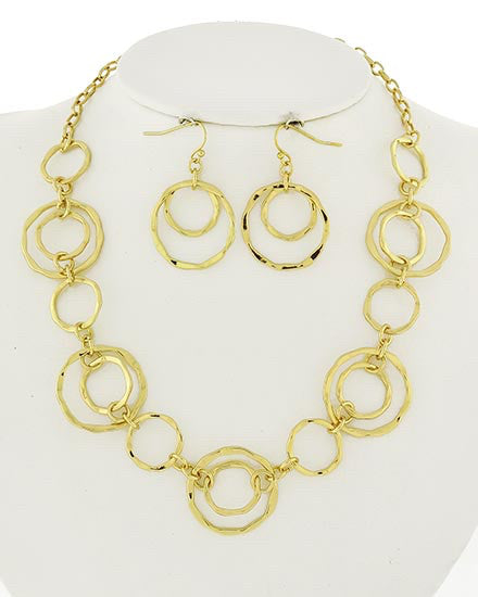 Gold Circle Necklace Set | sassyshortcake.com