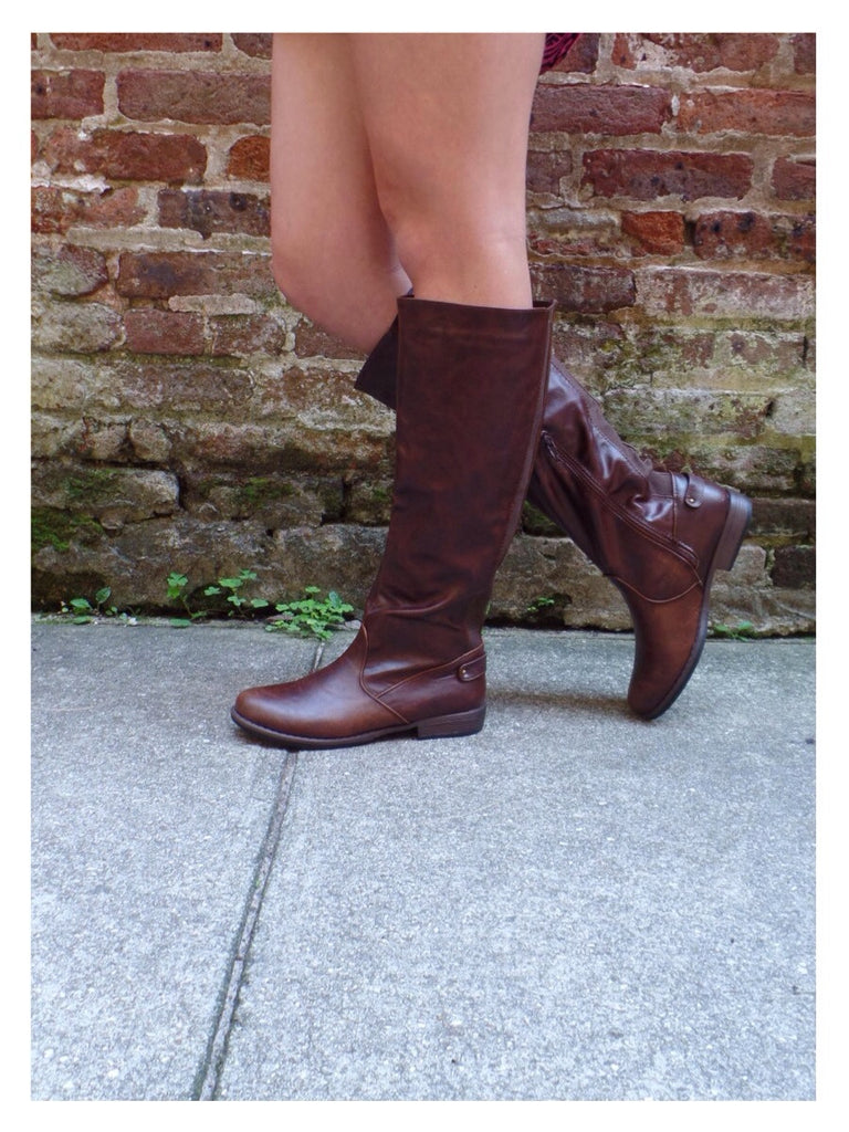 Fall Frenzy Boots - Brown