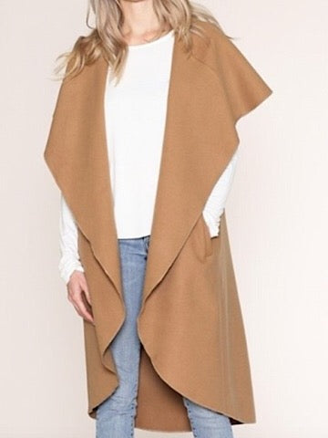 Make an Entrance long camel cardigan vest coat | sassyshortcake.com | Sassy Shortcake