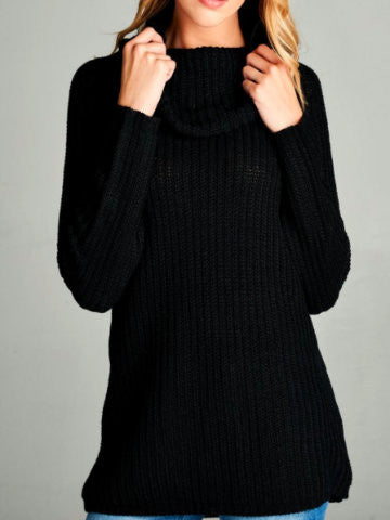 black turtleneck sweater | sassyshortcake.com | sassy shortcake