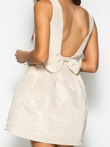 metallic gold bow dress | sassyshortcake.com | sassy shortcake