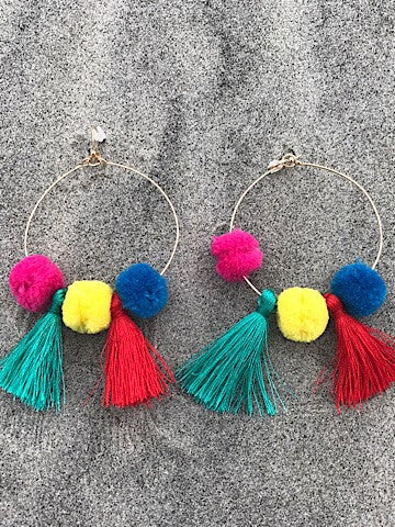 pom pom tassel earrings | sassyshortcake.com | sassy shortcake