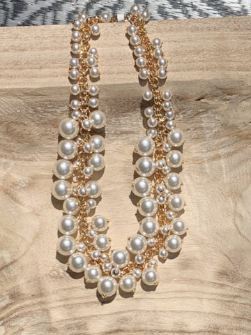 Elliot Pearl Bauble Necklace | Sassy Shortcake Boutique | sassyshortcake.com
