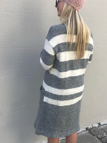 Far Out Cardi | Gray