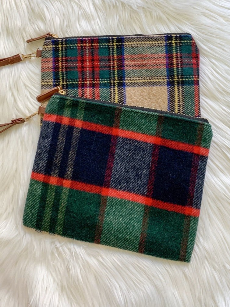 Cross the Line Plaid Clutch Bag | sassyshortcake.com | Sassy Shortcake