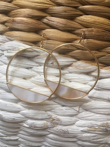gold shell hoop earrings | center of attention | sassyshortcake.com | sassy shortcake boutique