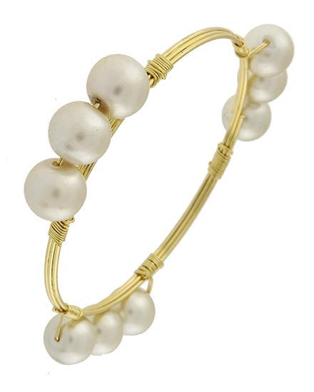 Pretty Pearls Bangle