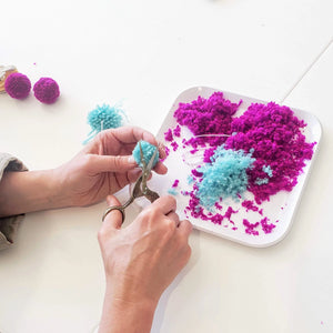 pom pom maker class sip and make wine night