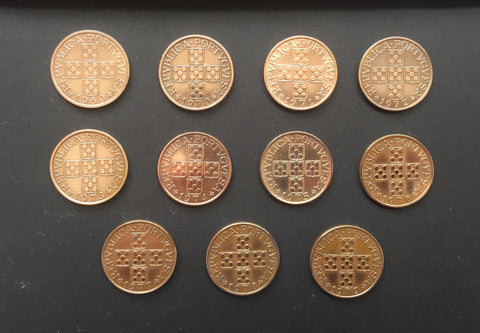 Complete set of 11 bronze old coins of 1 escudo - Portugal - 1969 to 1979  Facial value: 1 escudo Year: 1969 to 1979 Time: República Portuguesa from 1910