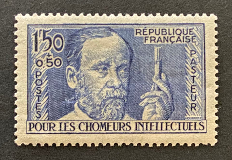 """Au profit des chômeurs intellectuels"" - For the benefit of the unemployed intellectuals - 1 franc 50 centimes mint hinged old stamp - France - 1936  Type: taille-douce Yvert & Tellier: 333"