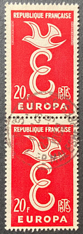 EUROPA - vertical pair of 20 f. used old stamps - France - 1958  Type: taille-douce Yvert & Tellier: 1173 - vertical pair (paire verticale)