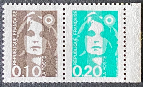 """Type Marianne du Bicentenaire"" - Type Marianne from the bicentenary - pair of 10c + 20c MNH old stamps - France - 1990  Type: taille-douce Yvert & Tellier: stamp 2617a (stamps 2617 and 2618)"