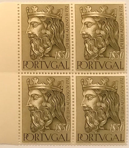 "Block of 4 mint never hinged old stamps of 1$50 - ""Reis de Portugal da 1. Dinastia - Dom Afonso IV"" - Kings of Portugal of the 1st Dynasty - Dom Afonso IV - Portugal - 1955  Stamp 1$50 Afinsa 812"