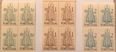 "Set of 3 blocks of 4 mint never hinged old stamps - ""Ano Santo 1950 - Fátima"" - Holy Year 1950 - Fátima - Portugal - 1950  Stamp   $50 Afinsa 719 Stamp 1$00 Afinsa 720 Stamp 2$00 Afinsa 721"