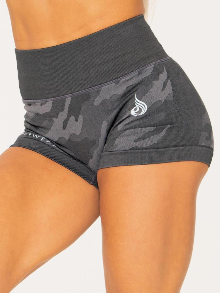 CAMO SEAMLESS BOOTY SHORTS CHARCOAL CAMO