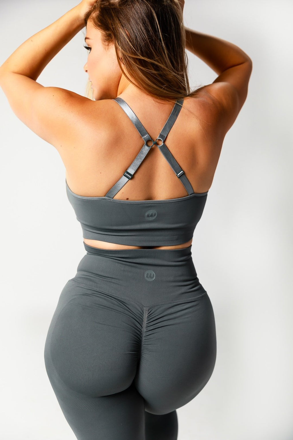 Seamless Cross Back Support Sports Bra - Charcoal