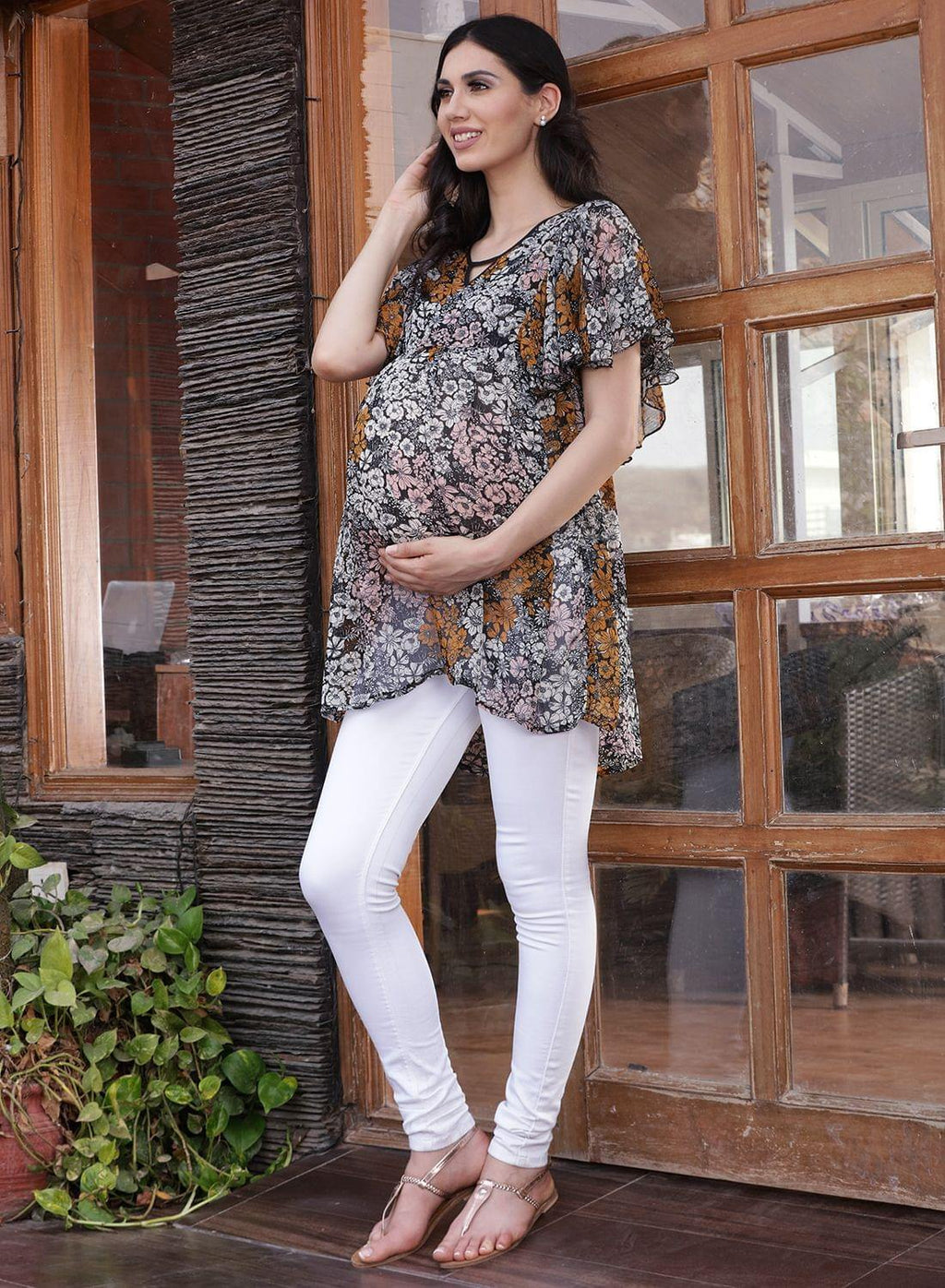 Black Regular Fit Maternity Top w/ Floral Pattern Made of Georgette- Mine4Nine