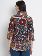 Load image into Gallery viewer, Multicolor Regular Maternity Top w/ Floral Pattern Made of Rayon