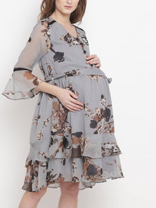 Gainsboro Gray Regular Fit Maternity Dress Made of Chiffon- Mine4Nine
