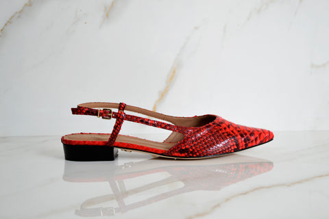 products/Bella_Flat_red.jpg