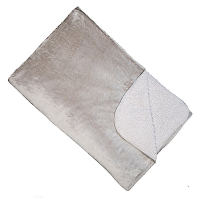 Cosy Silver Fleece throw 150cm x 200cm