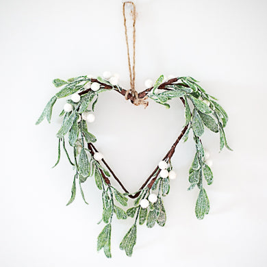 Mistletoe Heart Mini Wreath