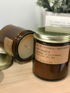 no. 19: patchouli sweetgrass soy candle 7.2oz -alwaysspecialgifts.com