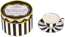 Load image into Gallery viewer, black raspberry and vanilla bean fragrance soy candle -alwaysspecialgifts.com