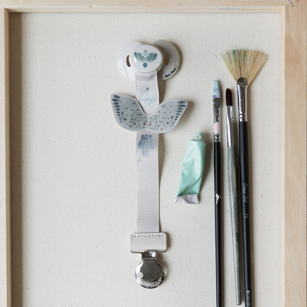 ELODIE DETAILS WATERCOLOR WINGS PACIFIER CLIP