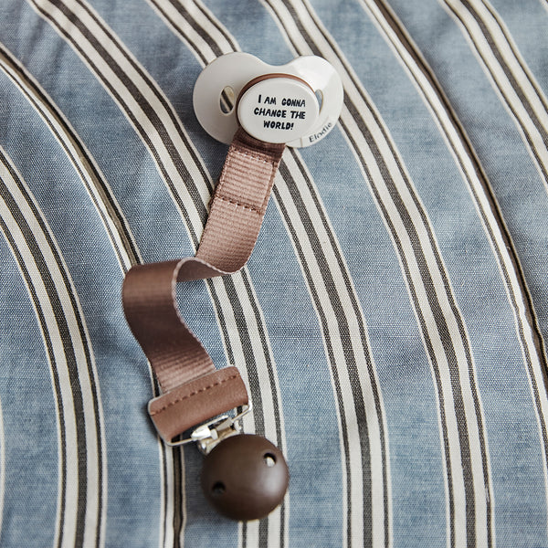ELODIE DETAILS CHOCOLATE PACIFIER CLIP WOOD