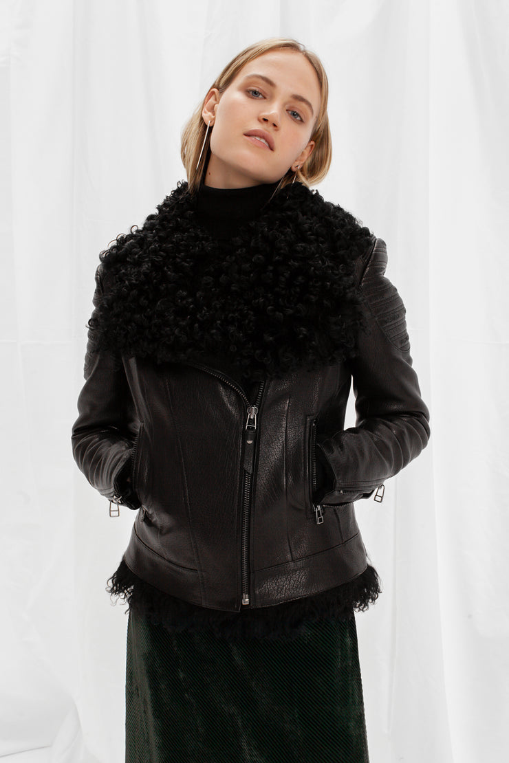 SALE – Fitted shearling jacket with black tigrado lamb fur