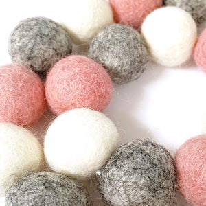 Felt Ball Garland: 1.5 metre / 2.5cm Felt Ball