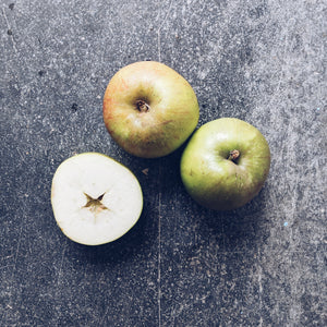 Apples - English Bramley (each)