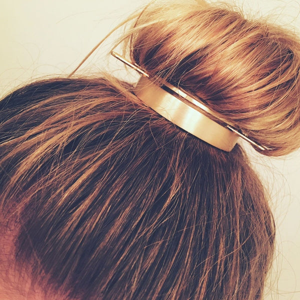 Round Top Hairpin Bun