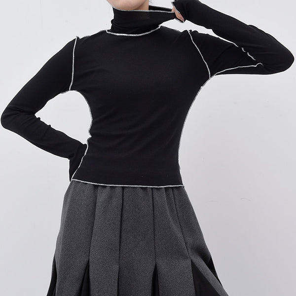 Elegant Turtleneck with Contrast Trim