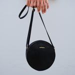 Duffle&Co: The Josie Crossbody - Black