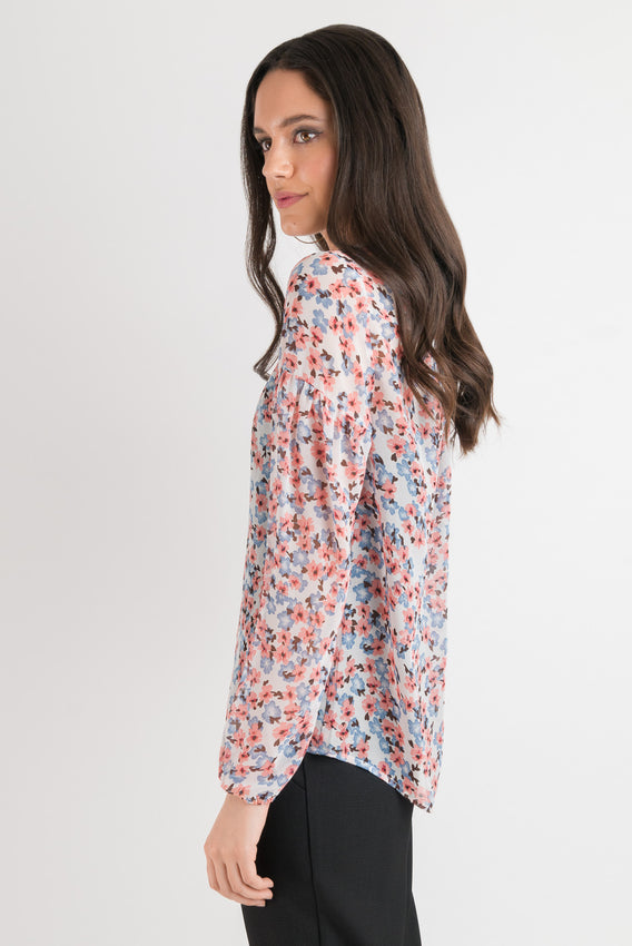 Olivia Blouse - Blush Floral Video