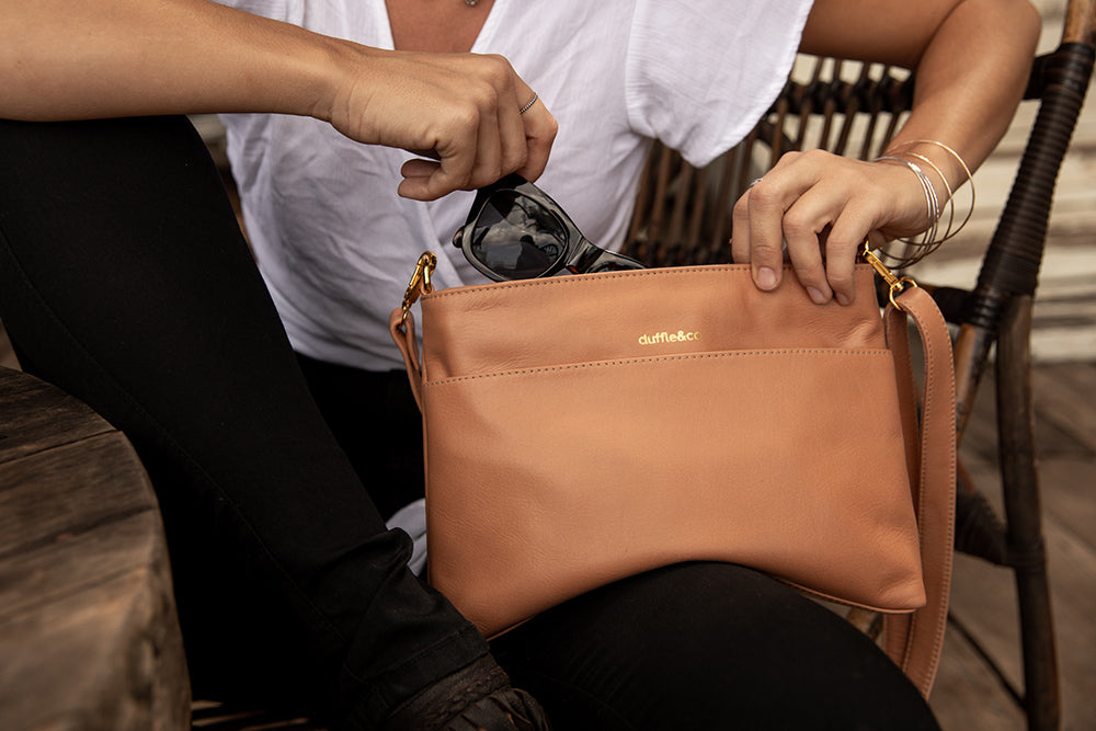 Duffle&Co: The Rose Crossbody - Light Tan