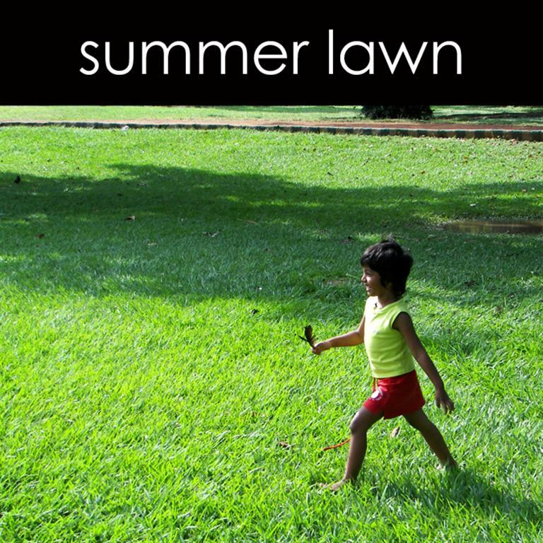 Summer Lawn Candle